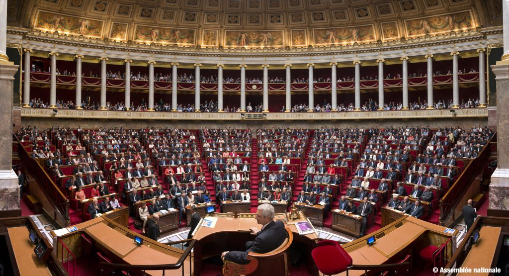 03/07/2012 : Photographie panoramique de la 14ème legislature -  Format 21 cm